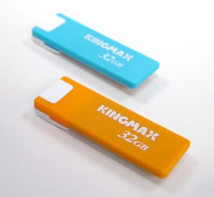 kingmax_ui-03_usb_flash_drive.jpg