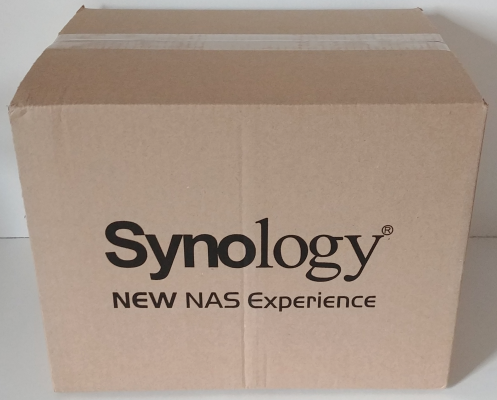 CDRLabs com - Box Contents and Physical Features - Synology